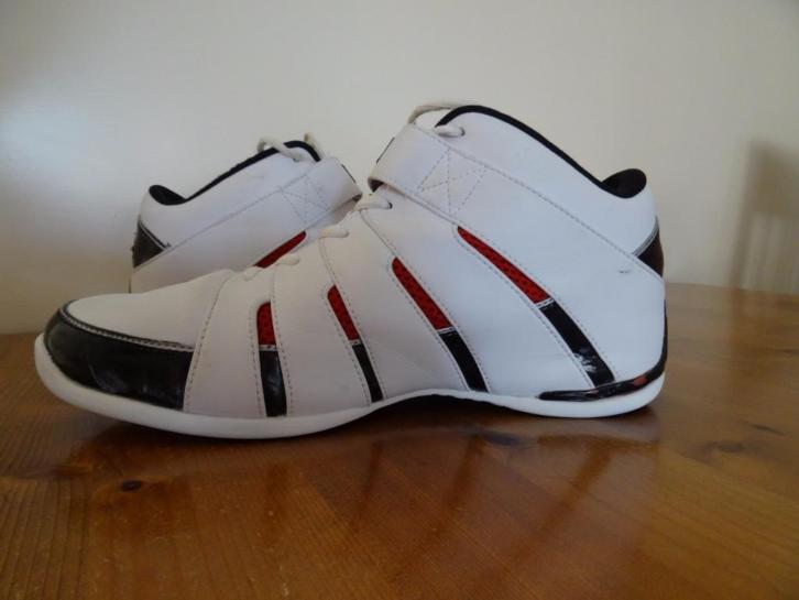 PEAK SPORT Basketbalschoenen mt 43 Nw.