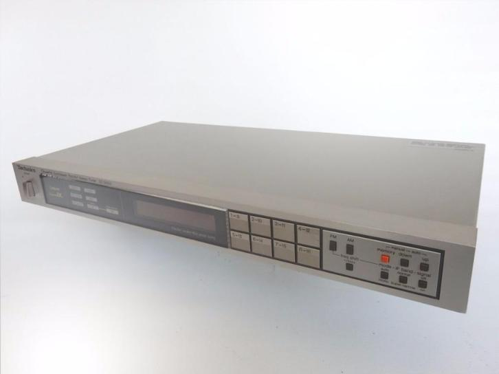 Technics ST-S505 computer quartz synthesizer in mooie staat