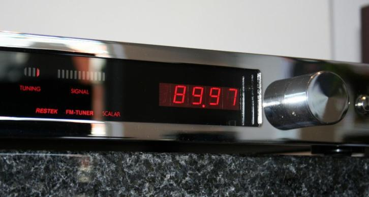 THORENS RESTEK Scalar highend tuner