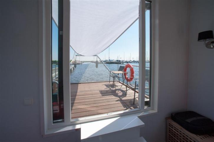 Drijvend Chalet, AquaLiving 4 of 6 persoons v.a. € 59.500,-
