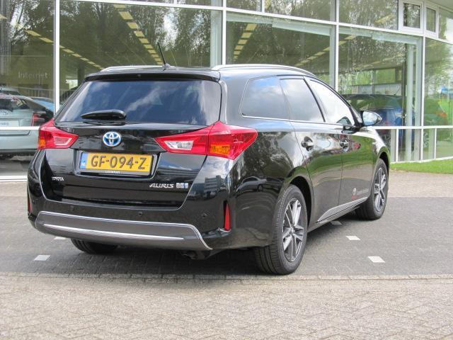 Toyota Auris Touring Sports 1.8 Hybrid Lease Plus (bj 2015)
