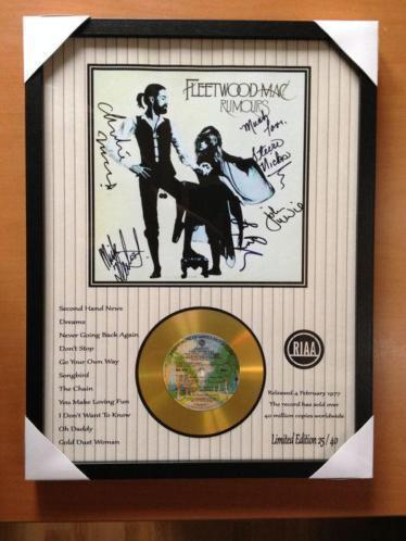 "Fleetwood Mac Gold CD Display ""Rumours"" - With 5 Signatures"