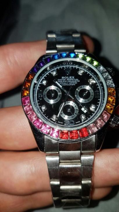 Rolex daytona rainbow diamond