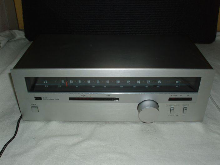 Vintage Analoge Sansui AM/FM Stereo Tuner type T-60 ( izgs )