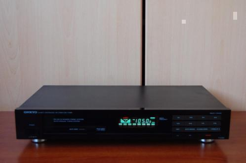 Onkyo stereo tuner / T-4130