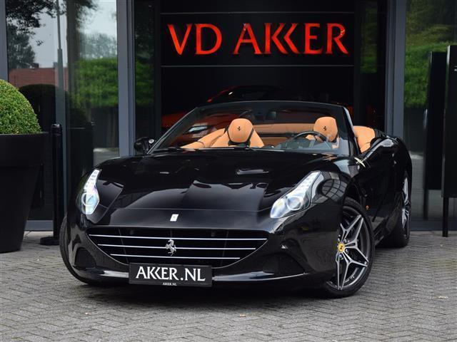 Ferrari California T HELE+CARBON+LED STUUR (bj 2016)