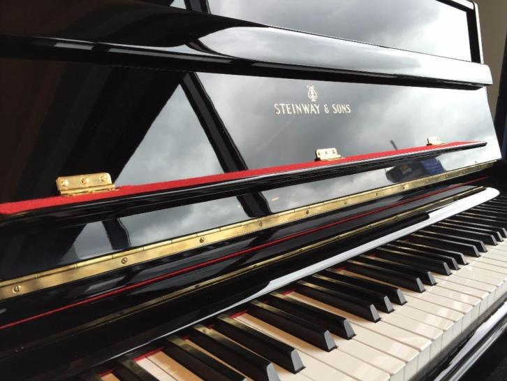 Steinway & Sons model Z occasion