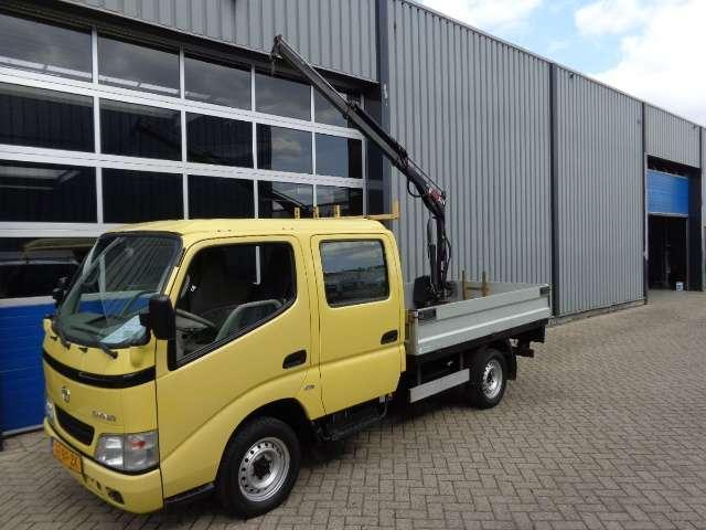 Toyota Dyna 100 2.5 D4-D 90 DC Pick Up Hiab Kraan 6 Persoons