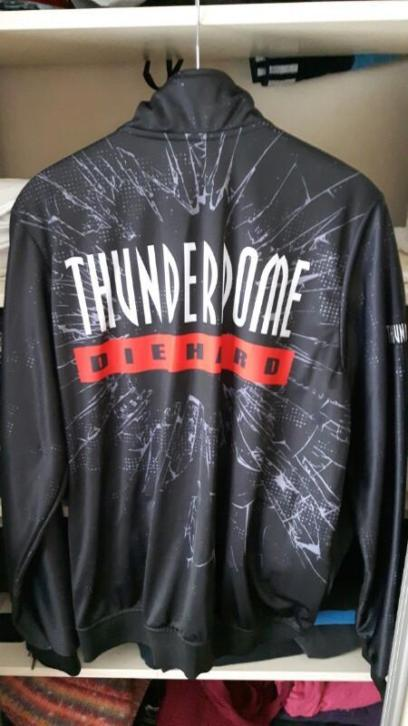 Thunderdome Die Hard jacket. Maat XL.