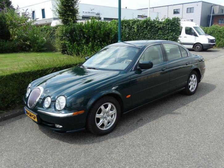 Jaguar S-Type 3.0 V6 EXECUTIVE AUTOMAAT LEER (bj 2000)