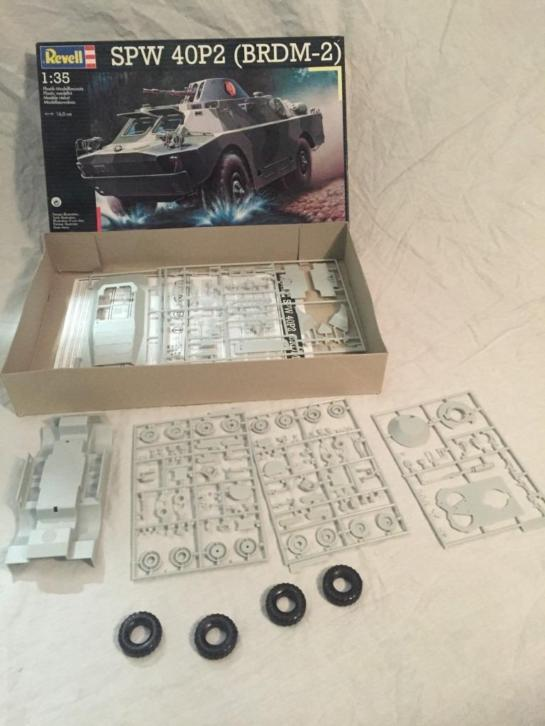 Revell SPW 40P2 tank