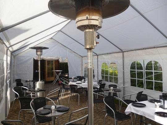 4x8 partytent inclusief slagersbbq €65