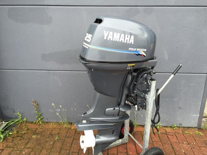 Yamaha 25 Pk 4 takt, High Thrust, powertrim, vaarklaar!