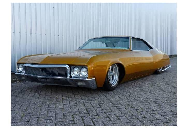 Buick Riviera Hardtop Coupe Lowrider