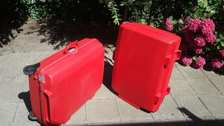 2 American Tourister Koffers