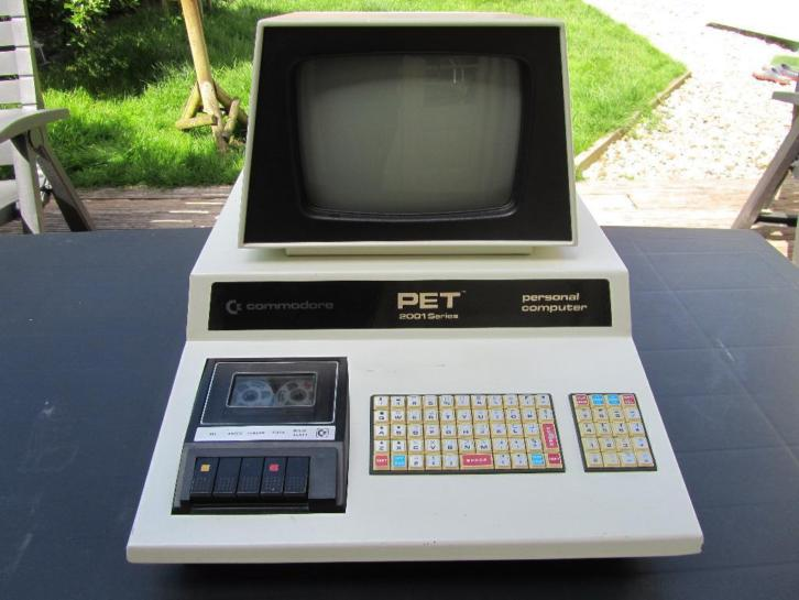 Commodore PET 2001 8K RAM (chiclet keyboard)