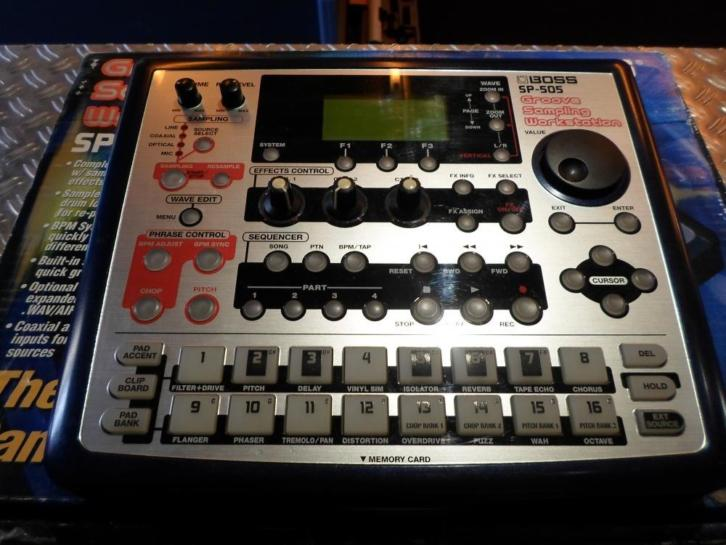 Boss SP-505 sampler