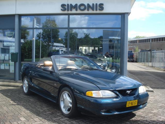 Ford USA Mustang 5.0 V8 CONVERTIBLE Z.G.A.N. Softtop dak