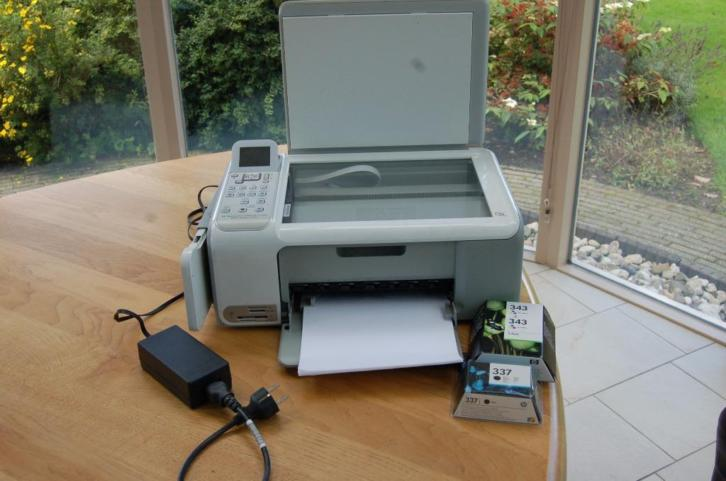 Printer HP Photosmart C4180 met cartridges