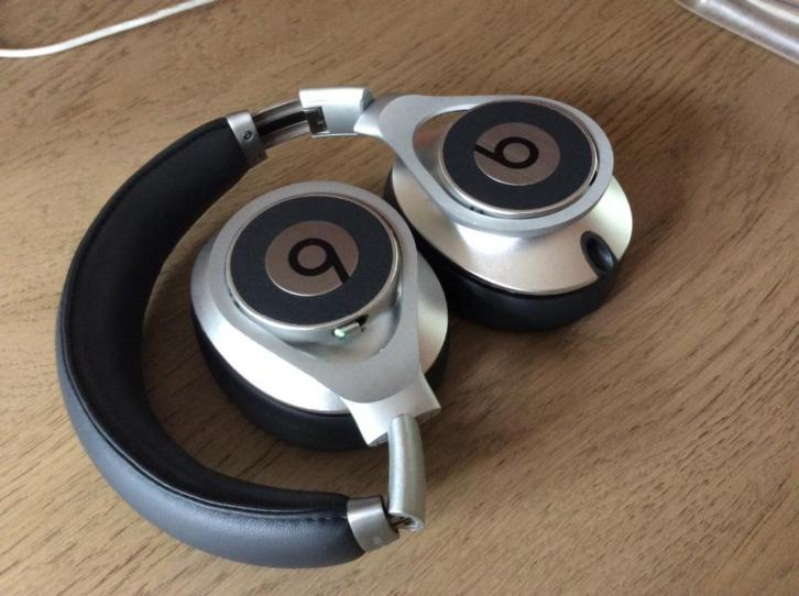 Beats Executive by Dr. Dre