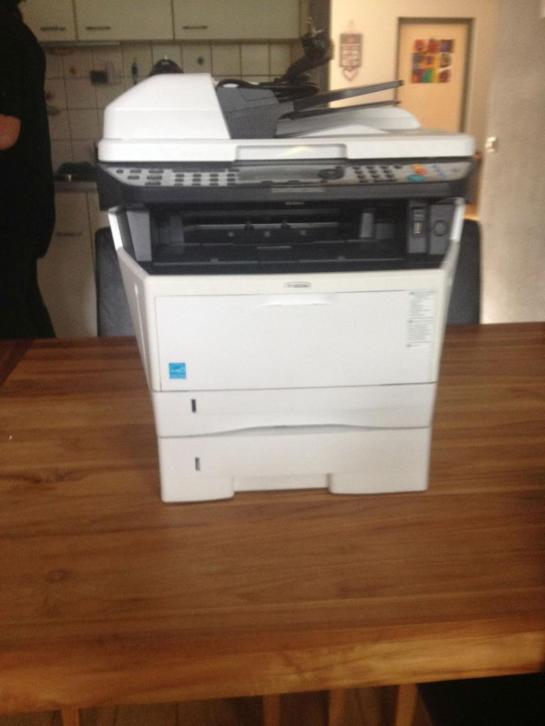 Kyocera M2535DN Printer ,scanner,kopieermachine en fax