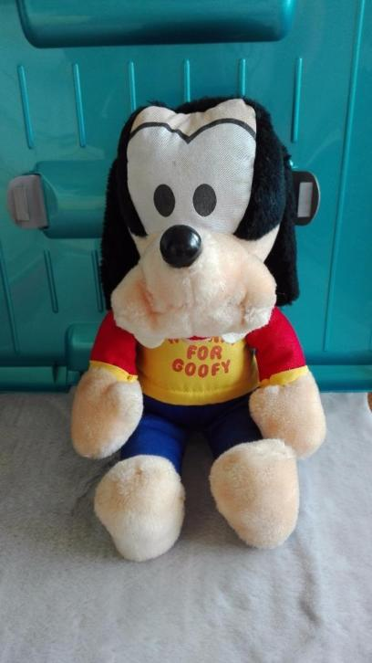 disney knickerbocker goofy plush knuffel