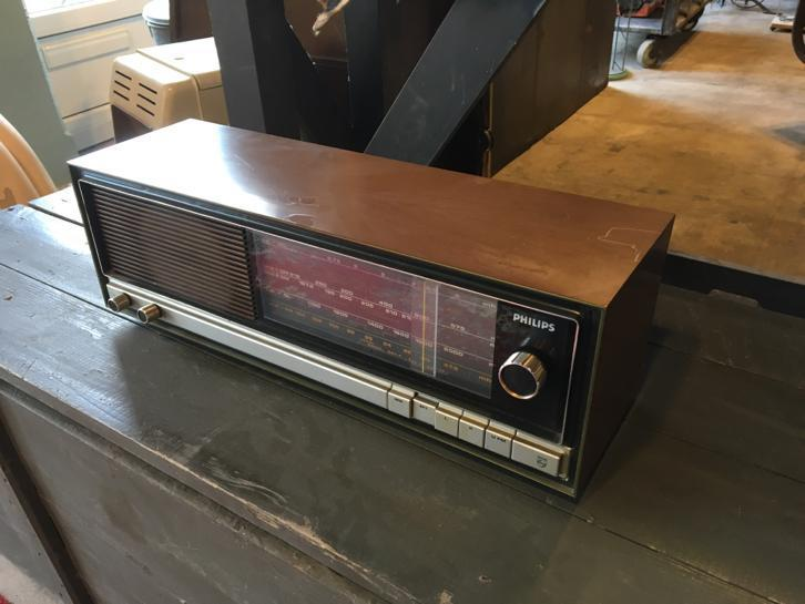 Retro radio Philips