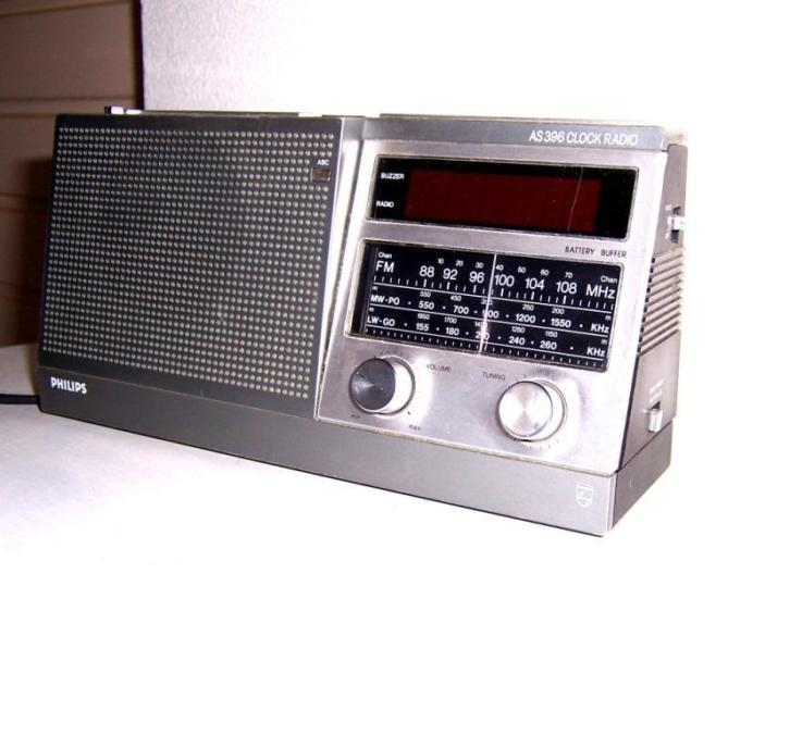 Vintage Philips clockradio [N379.0338K]