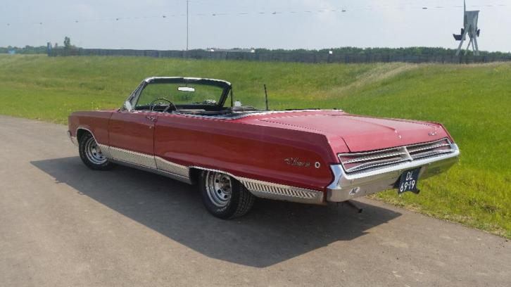 Dodge Monaco 500 convertible 1968 Rood