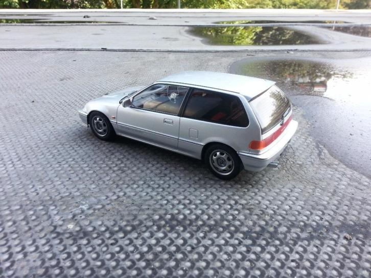 1:18 1987 Honda civic EF3 Si silver Triple9