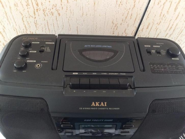 Radio / cd en casette / AKAI AJ - 308CD
