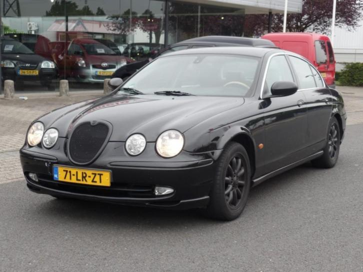 Jaguar S-Type 2.5 V6 EXECUTIVE leer, climate, lichtmetaal!