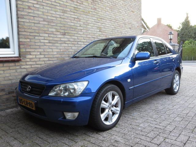 Lexus IS 300 3.0 Executive AUT // MOTOR 110.000 km GEREDEN