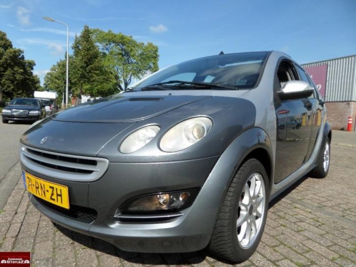 Smart Forfour 1.1 passion,Airco,Nap,panorama,Zeer Zuinig!