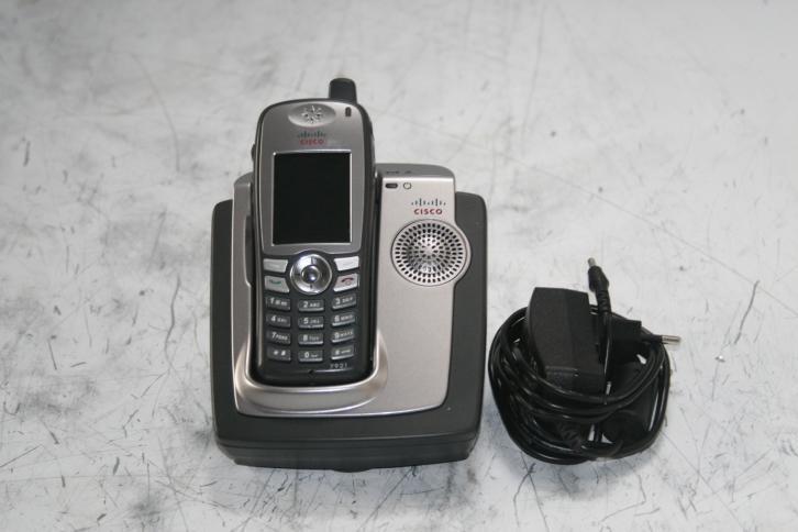 CISCO Wireless Phone + CP-DSKCH-7921G Charger + Power Supply