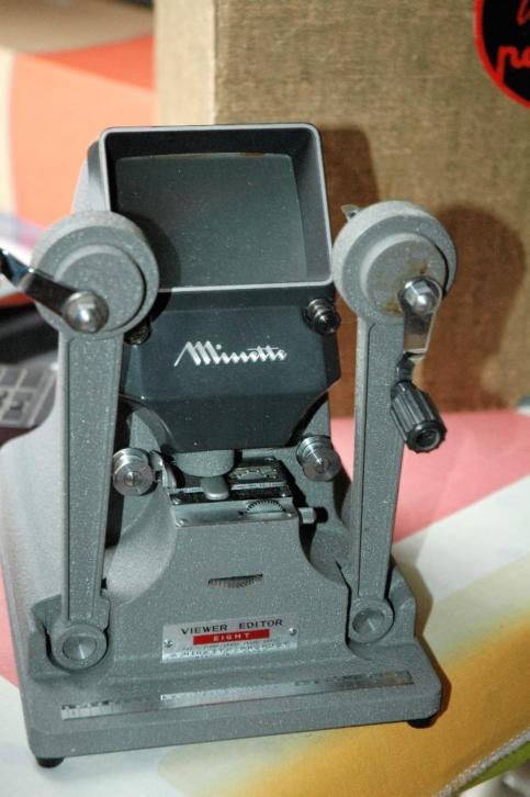 Minette viewer.voor 8mm film in doos.