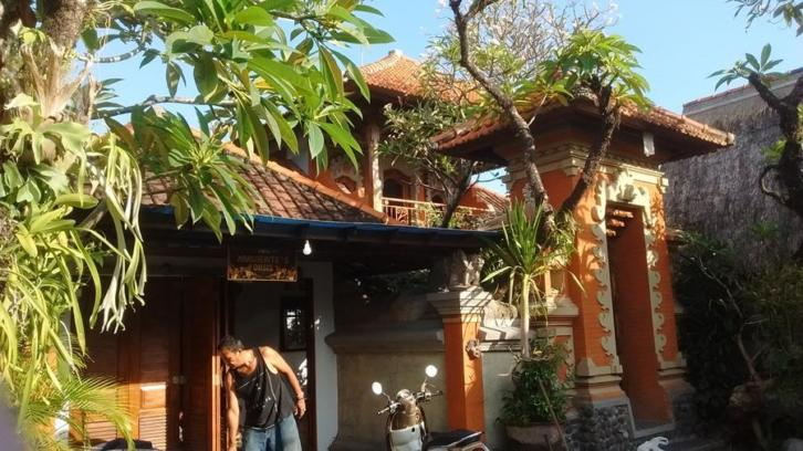 BALI, 'Bed & Breakfast' in een privé villa bij Sanur
