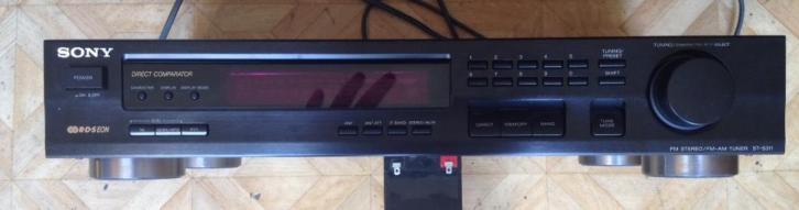 Sony FM Stereo/ Fm -Am Tuner Model ST-S311