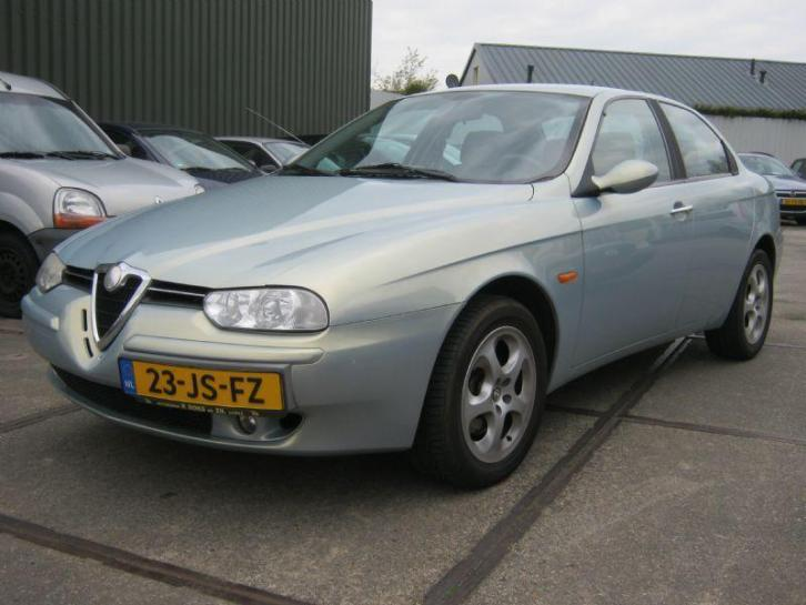Alfa Romeo 156 2.0 JTS Distinctive (bj 2002)