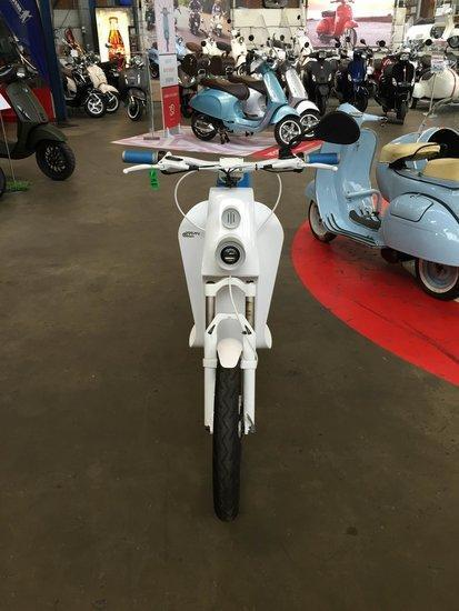 Xkuty One White Elektrische scooter