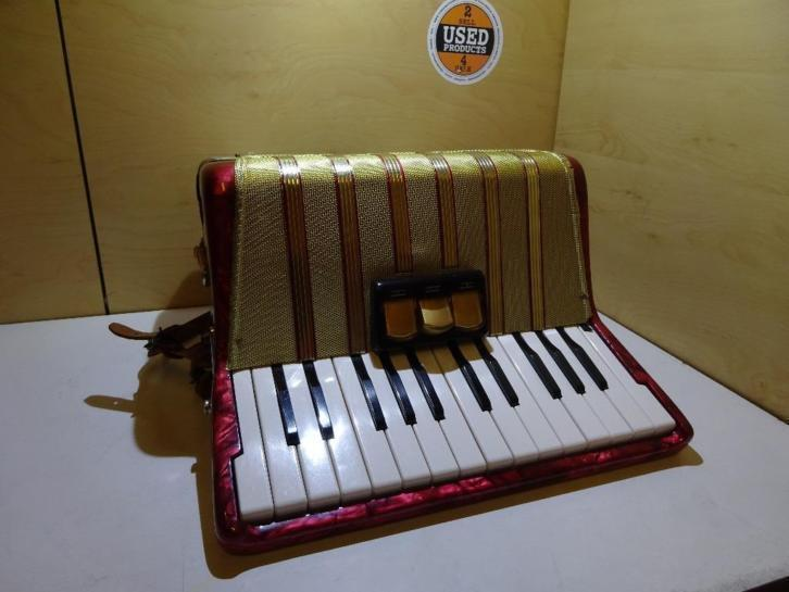 Hohner Student IV Accordeon 40 Bass Inclusief Koffer