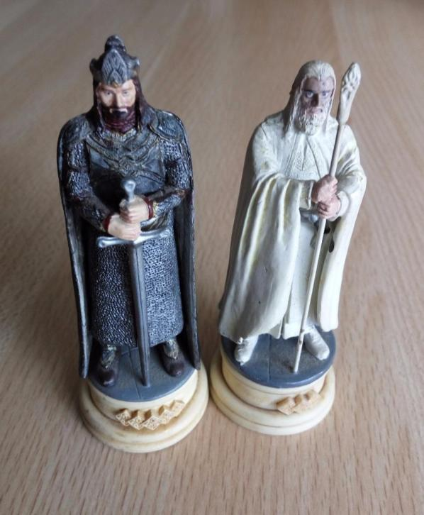 Lord of the rings - Aragorn (AUP0250) en Saruman