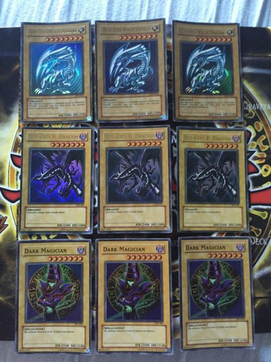 Yugioh: blue eyes white en red-eyes b. dragon dark magician