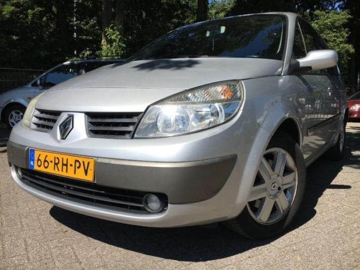 Renault Grand scenic Grand Scénic 1.5 dCi Dynamique Luxe 7 P