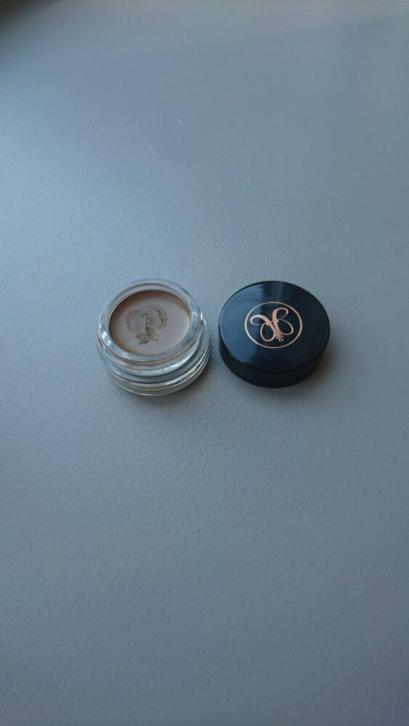 Anastasia dipbrow blonde