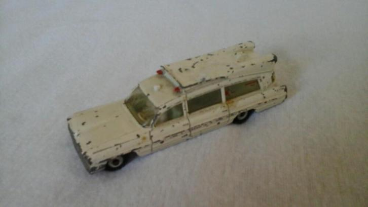 Dinkey Toys (Superior Criterion) Ambulance.