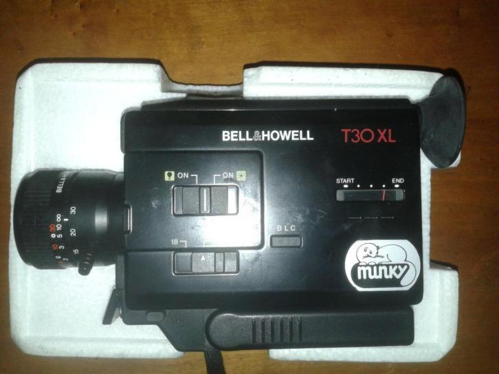 Bell & howell super 8 filmcamera type minky 30