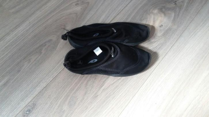 Waterschoenen mt 34