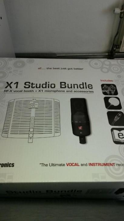 X1 Studio Bundle (vocal booth+microphone+accessories)