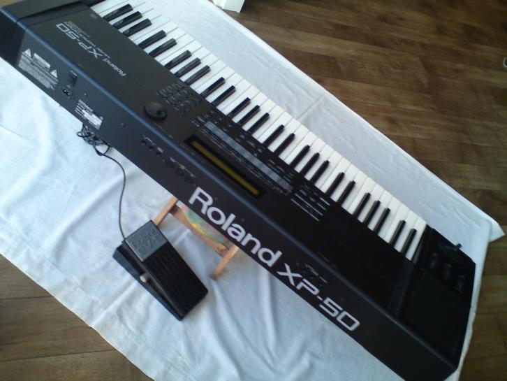Roland XP 50 Music Workstation